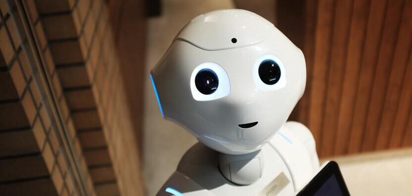 Bringt moderne Technik mehr Menschlichkeit in die Arztpraxis?